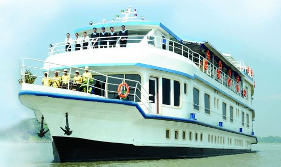 brahmaputra-cruise.jpg